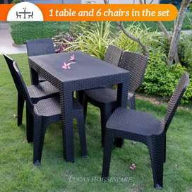 Rattan dining table with 6 chair