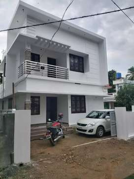 4bhk with 1650 sq thiroor -thrissur