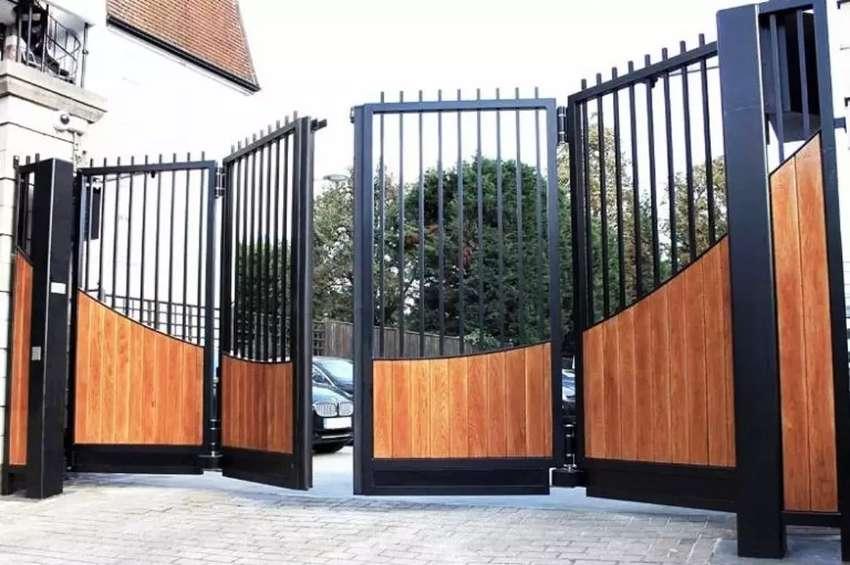 Pintu pagar lipat minimalis serat kayu 0