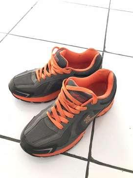 Sepatu Eagle Wanita