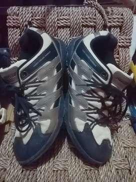 Sepatu Hiking Precise Outdoor no 40