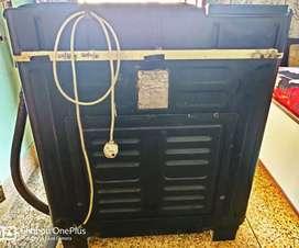 Onida 6.5kg top load semi automatic washing Machine