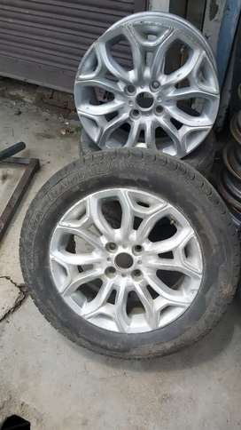 2 Ford ecosports Alloy wheels