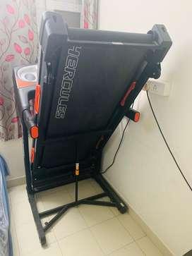 Unused HERCULES Treadmill 3HP  price 75K