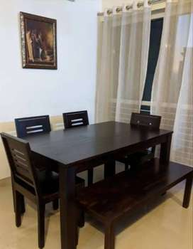 Sofa set dining table good working condition
