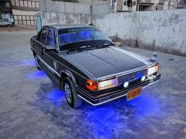 Fast power staring Nissan Sunny excellent car
