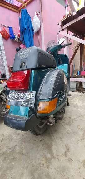 DijuaL Vespa ExceL 150cc th 2002