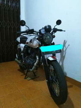 ISTIMEWA Benelli Motobi 152 Caferacer Putih 2019