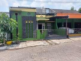 Dikontrakkan minimal 2 tahun rumah di kawasan tembalang banyumanik