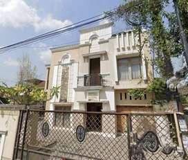 Rumah Besar Murah 9KT 5KM cck Kantor/Hunian di Bantul dkt Amplaz