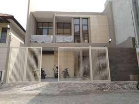 Rumah Mewah Harga Murah  Dijual Rumah dekat jalan Raya Panjang Jiwo