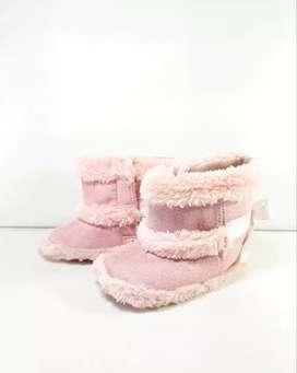 Sepatu Bayi Pink