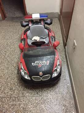 Chargeable car for 5-8years kids
