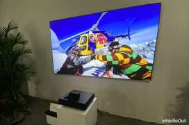 Full HD LED Projector Watch TV Movies on 150inch Big Screen-New Piece