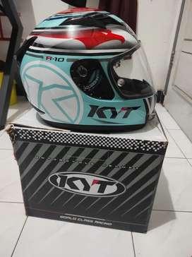 Dijual Helm KYT R10 Motif Aqua