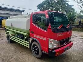 Mitsubishi Tangki Super HD-X 6.6 kapasitas 5.000 liter cabin orisinil
