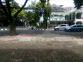 Disewakan Kios Tempat Usaha di Hang Tuah, Senayan