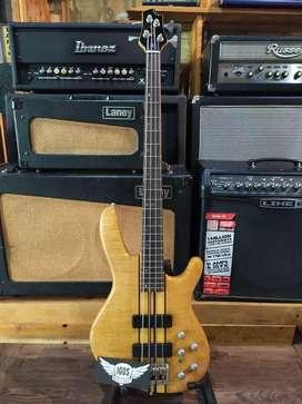 Bass CORT A4  Korea