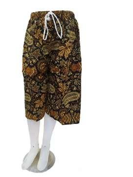 Celana pendek pria/wanita batik super jumbo