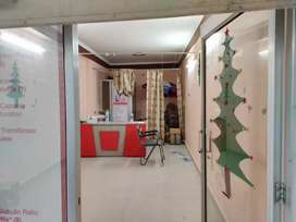 Large area shop for sale at centre location of Rishikesh at cheap rate