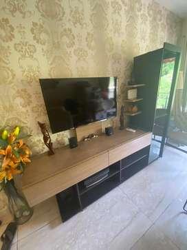 TV Unit with drawer storage