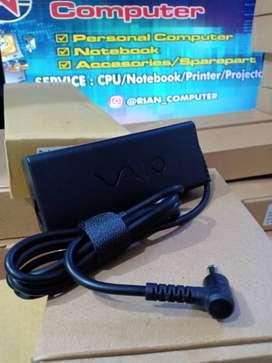 Charger Laptop SONY VAIO VGN-S,VGN-FS,VPCS (6.5*4.4 - 19.5V 4.7A) LOGO