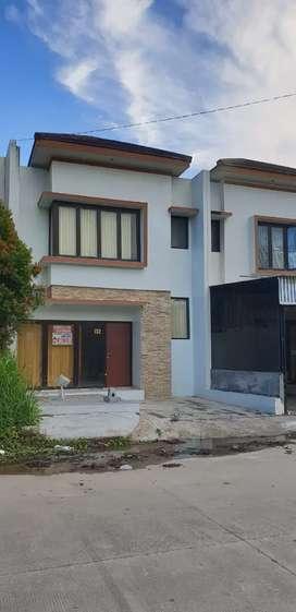 Dijual Rumah Cantik Dgn Perabot Di Talang Sari Blok AA/132 Samarinda