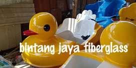 sepeda air bebe kuning, itik sepeda air goe, perahu bebek wisata