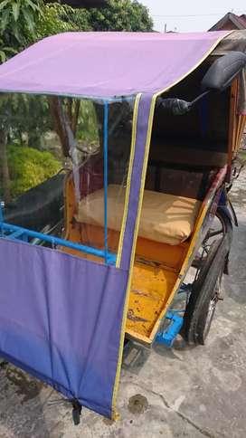 Seksi becak pengangkut orang