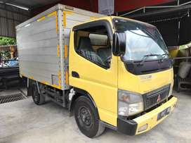 Mitsubishi Fuso 110ps truck box 2011