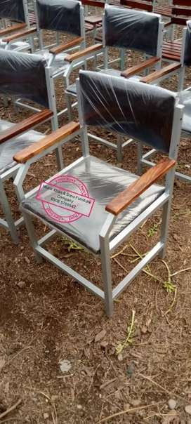 Student chairs + staff chairs available