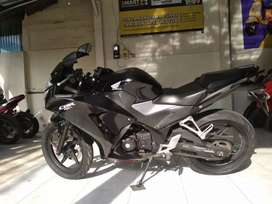 Bali dharma motor, jual Honda CBR 150R tahun 2014