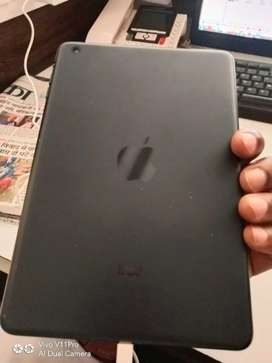 iPad 10000 with charging cable only