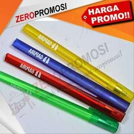 Souvenir pen tinta gel bentuk segitiga