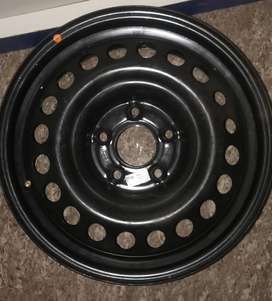 Brand new 16 ich rim with sensor valve