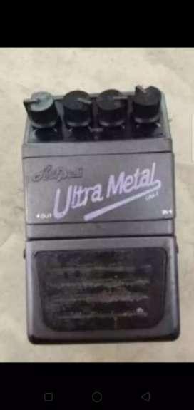 Efek gitar Aria Pro II Ultra Metal