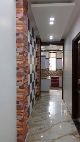 3 BHK FLAT WITH WIDE BALCONY AT SUPERIOR LOCATION IN DWARKA MOR B BLOC