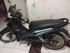Dijual sepeda motor absolute Revo tahun 2013