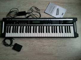 KORG X50 Synthesizer