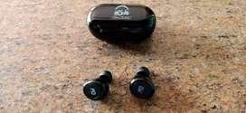 U and I Bluetooth ear buds