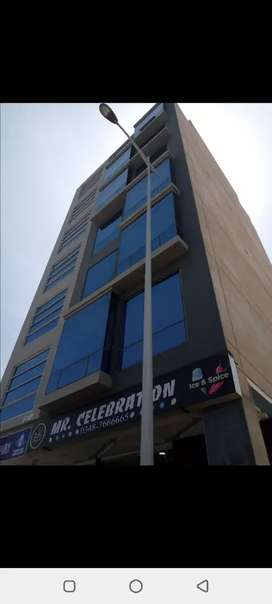 Ready office for sell in  Rs/ 60 lac.rental income 35/40 thosend