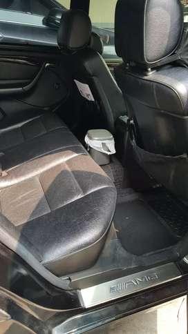 Mercedes Benz,Black metallic,A/T