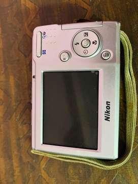 coolpix L14 camera