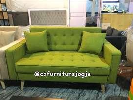 Sofa 2 seat , murmer, hijau elegan