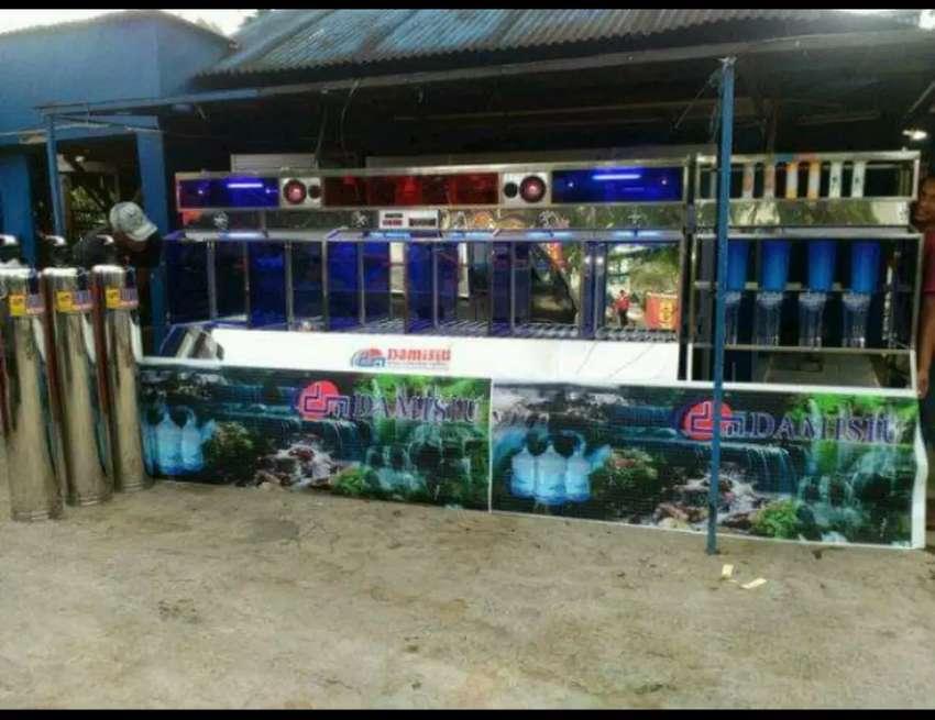Depot air minum isi ulang dengan model terbaru dari Damisiu 0