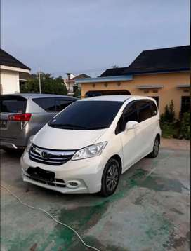 Honda freed PSD double blower 2013 warna putih Low KM