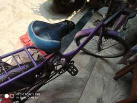 Good condition 1 year old cycle