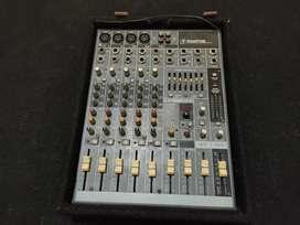 Mixer Mackie pro fx8