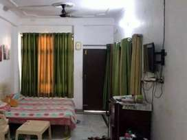 I want Pg or flat in Prayagraj