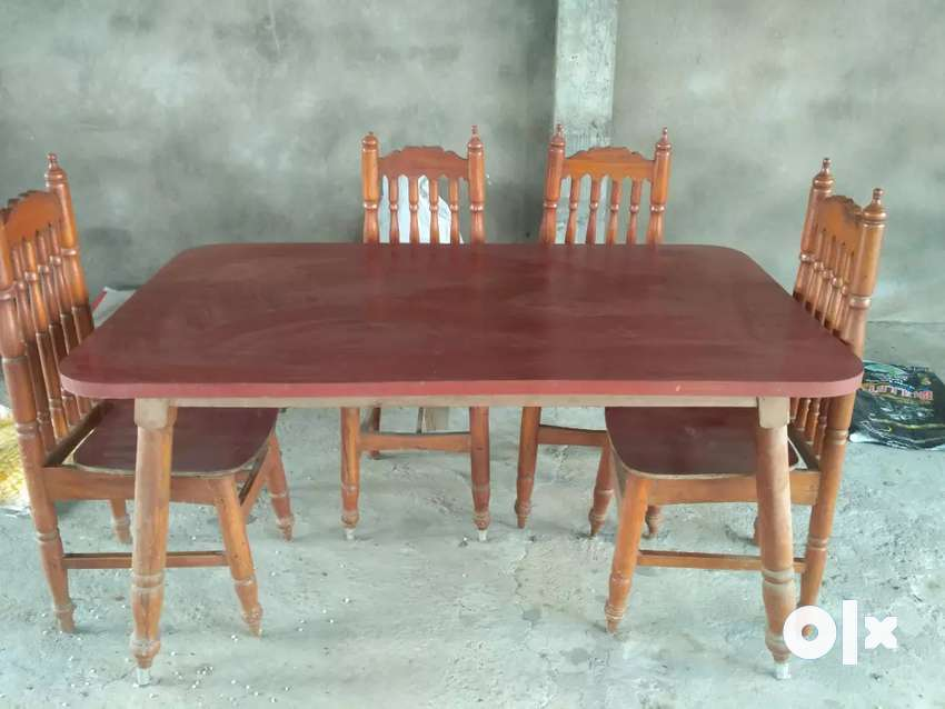 Dinning Table 0